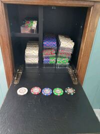 Claysmith Poker chips with solid wood cabinet Chesapeake, 23320