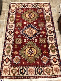 Persian rug 3.5ft x 5.5 ft Purcellville, 20132