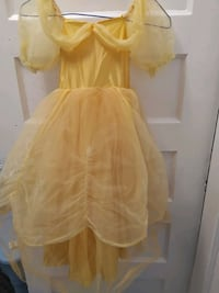 princess golden dress Halloween costume 6 to 9 Toronto, M4J 3A9