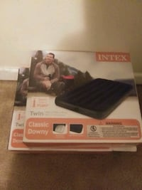 2 Twin blowout mattresses brand new