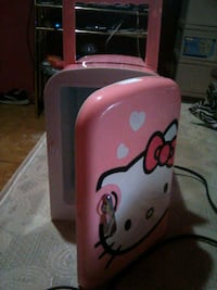 Mini hello Kitty fridge