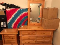 Dresser and nightstand solid wood Bakersfield, 93309