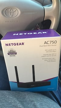 Netgear Nighthawk AC750 smart wifi router box Cypress, 90630