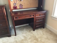 Brown wooden desk with hutch Ashburn, 20148