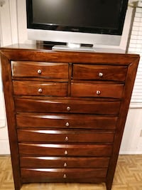 Nice modern wooden a giant chest dresser with 10 d Annandale, 22003