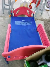 toddler's red and blue plastic bed frame Brownsville, 78526