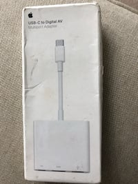 Apple USB-C multiport adapter NEW in box Leesburg, 20176