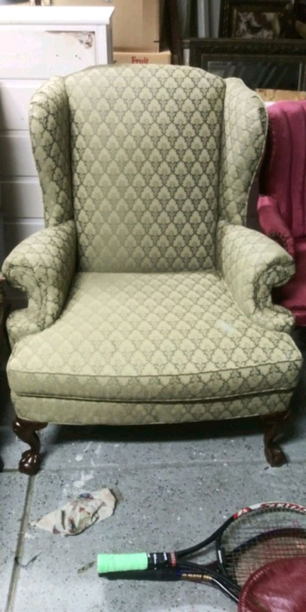 Fine Broyhill Chair Andrewgaddart Wooden Chair Designs For Living Room Andrewgaddartcom