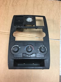 Chrysler 300 Center Console with working clock Mount Wolf, 17347
