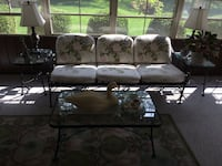 black and white floral 3-seat sofa Fairborn, 45324