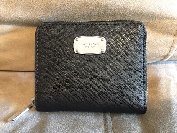 c42c650edc20 Used Black leather michael kors wallet for sale in Edison - letgo