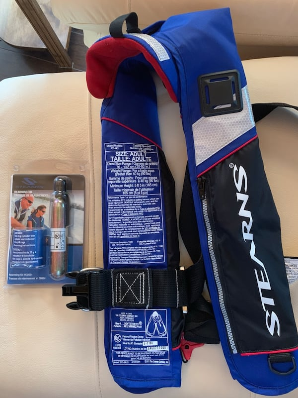 PRICE DROP - Stearns Personal Flotation Device+additional Rearming Kit 67fd26b0-56e5-4775-be72-4d544f7315eb
