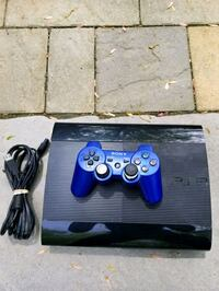 Sony PS3 super slim console with controller