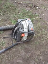 Gas blower starts but then stops , needs tune up , 175$ Toronto, M6H 2Y2