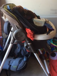 baby's black and gray Graco swing chair Lincoln, L0R