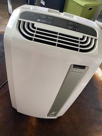 13,000 BTU DeLonghi Portsble Air Conditioner