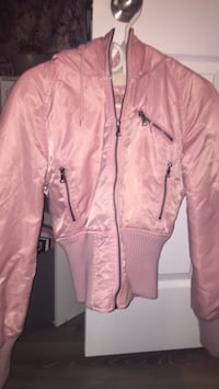 Old fashion Guess Pink Zip up Jacket Barrie, L4N