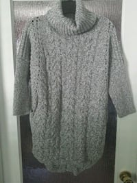 Express: Grey sweater  Calgary, T2T