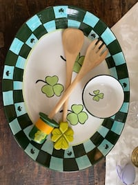 St Patty's day serving set Alexandria, 22307