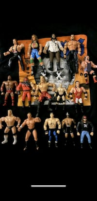 Vintage 90s WWE COLLECTIBLES FIGURES