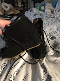 Black ankle boots with heel size 6 Fresno