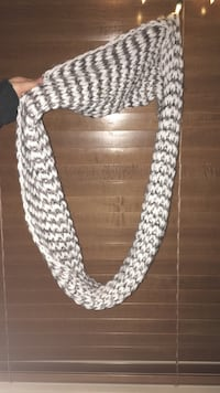 Never worn,new infinity scarf  Maple Ridge, V2W 2G2