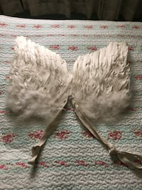 Feathered angel wings harness  West Islip, 11795