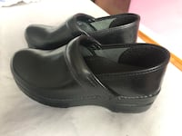 Pair of black leather slip on shoes Toronto, M8Z 4R3