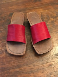 JBLA pony hair clogs size 10