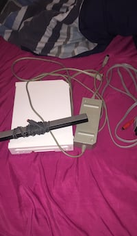 Nintendo Wii Comes With All The Power Cords 50 km