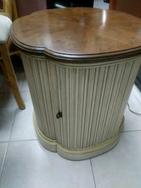 Vintage night stand Pembroke Pines, 33024