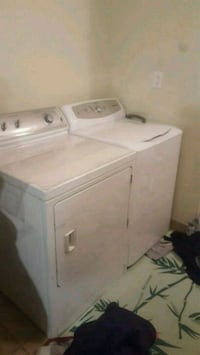 white clothes washer and dryer set Richmond Hill, L4E 0S8