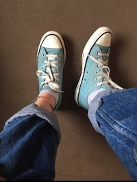 Converses All Star bleues ciel