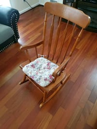 Wood rocking chair Rockville, 20851