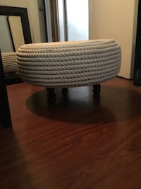 round white and gray table Compton, 90220