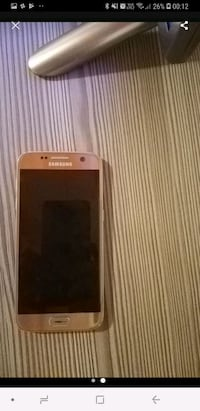 Gold Samsung Galaxy s7Android Smartphone 7078 km