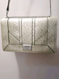 Brand new Guess purse Ottawa, K1R 7W1