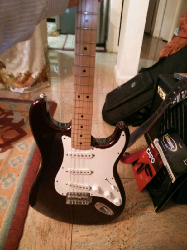 MIM Stratocaster with Clapton noiseless pickups