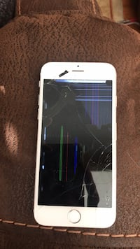 iPhone 6 cracked  Chesterfield, 63005