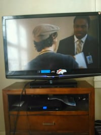 IPod TV 42 inch with dresser Norfolk