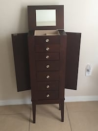 Brown wooden 5-drawer jewelry box Kissimmee, 34759