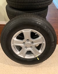 New Jeep set of 5 tires and rims Michelin 245/75/17 Silver Spring, 20904