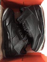 Pair of retro black air jordan 3 shoes 9.0 Simi Valley, 93063