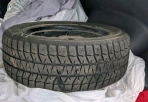 "4 Bridgestone Blizzak winter tires 16"" (on rims)!"