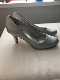 Call it Spring silver sparkly pumps Size 7. $10