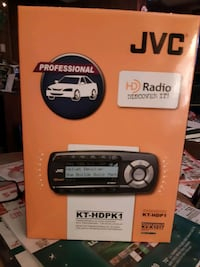 JVC transportable HD radio receiver  with professional car kit