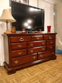 Solid wood KINCAID FURNITURE dresser/TV stand with 11 drawers in great West Springfield, 22152
