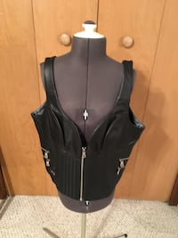 Harley davidson womens vest never worn
