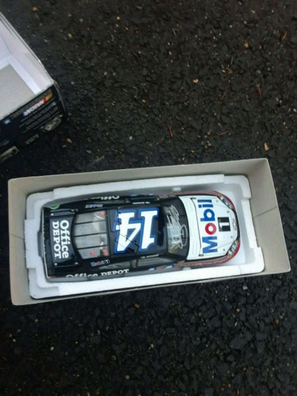 black and white car die-cast model