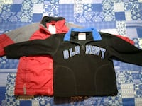 Old Navy Winter Coat & Sweatshirt  Size 3T-4T XS  with Stocking Cap